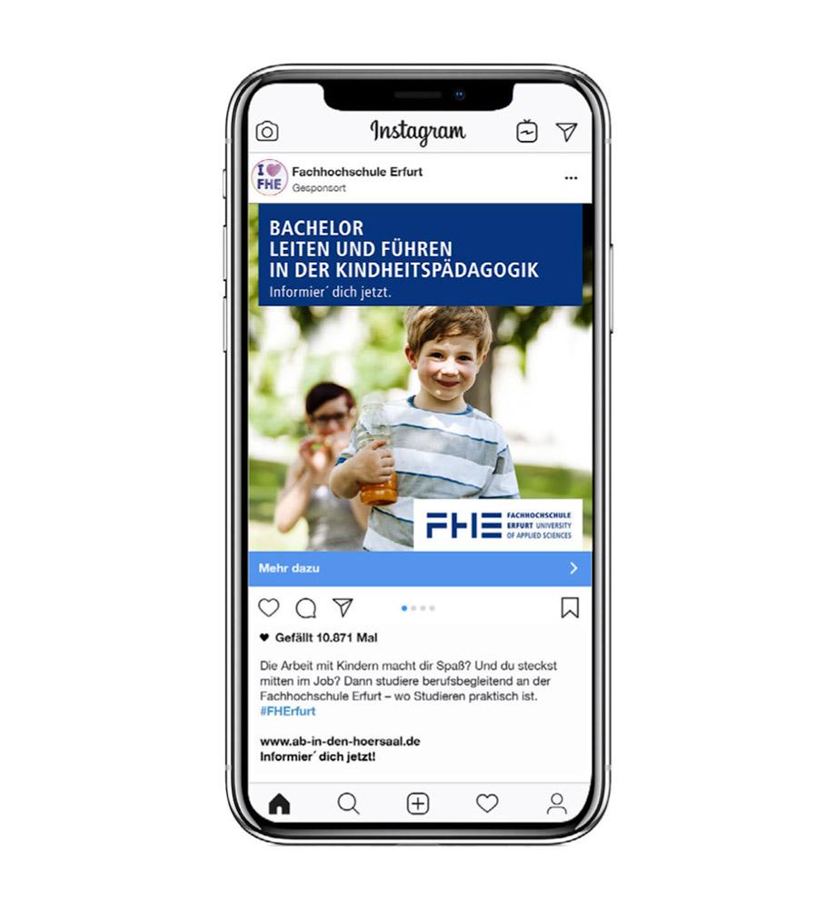 Eine Social Media Anzeige für die FH Erfurt: Bachelor Leiten und Führen in der Kindheitspädagogik. Studieren an der FH Erfurt. Informier' dich jetzt.